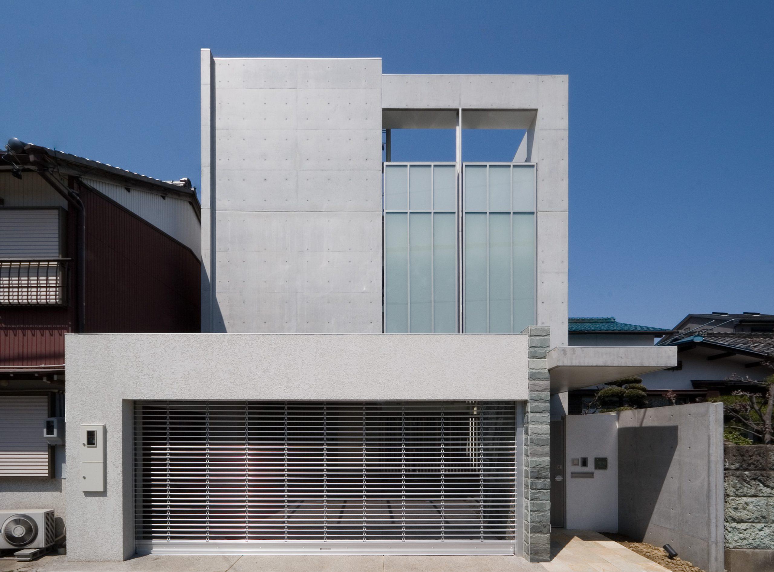 錦町のコートハウス