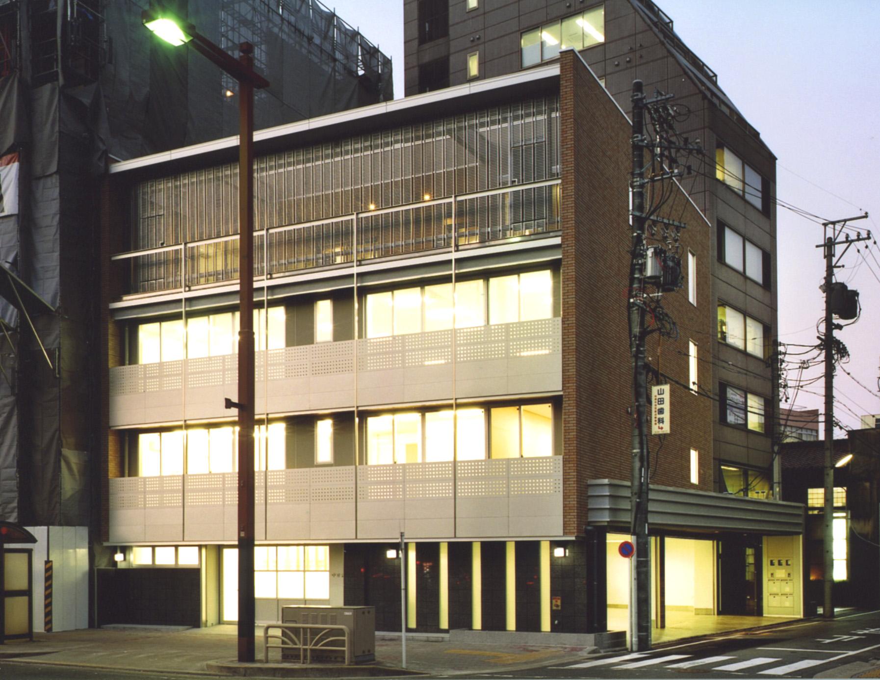 名古屋桜通の事務所ビル